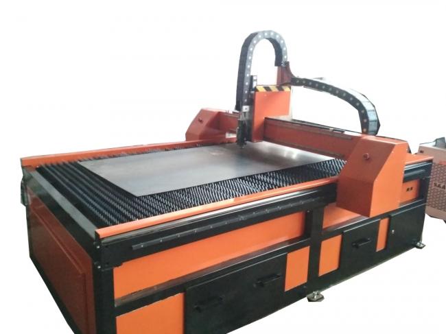 fiber laser cutting machine by ukraine customer